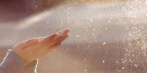 dust-hands